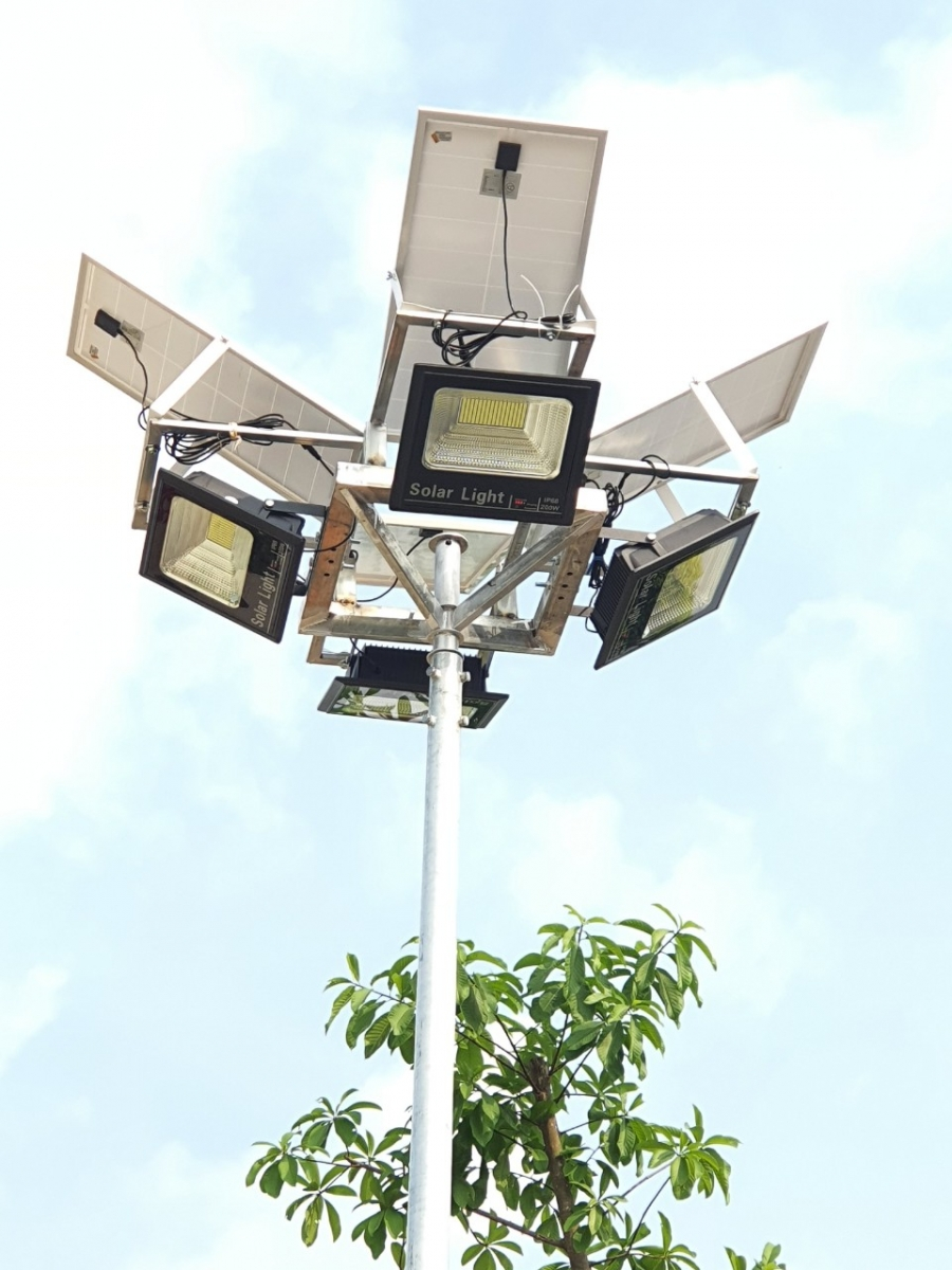 Đèn năng lượng mặt trời giá rẻ