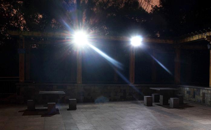 den-pha-nang-luong-mat-troi-cao-cap-40w-den-solar-light-sieu-sang-ts