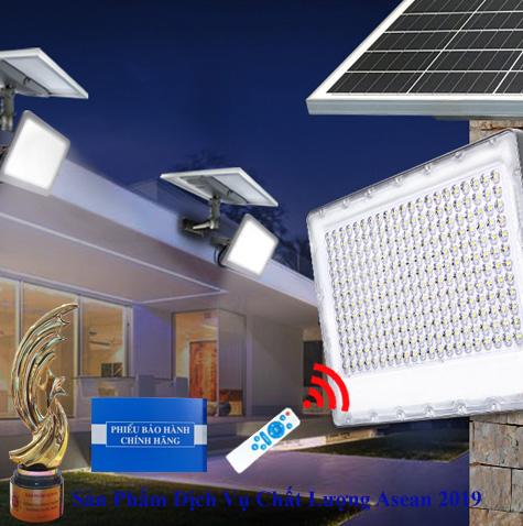 ĐÈN 150W CHỐNG CHÓI NĂNG LƯỢNG MẶT TRỜI - CÓ CẢM BIẾN - Solar Light 150W