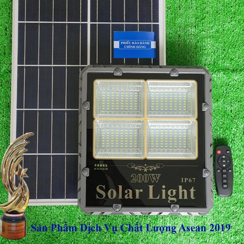 Đèn 200W Năng Lượng Mặt Trời - Đèn Năng Lươngj Mặt Trời 200W TS-85200L