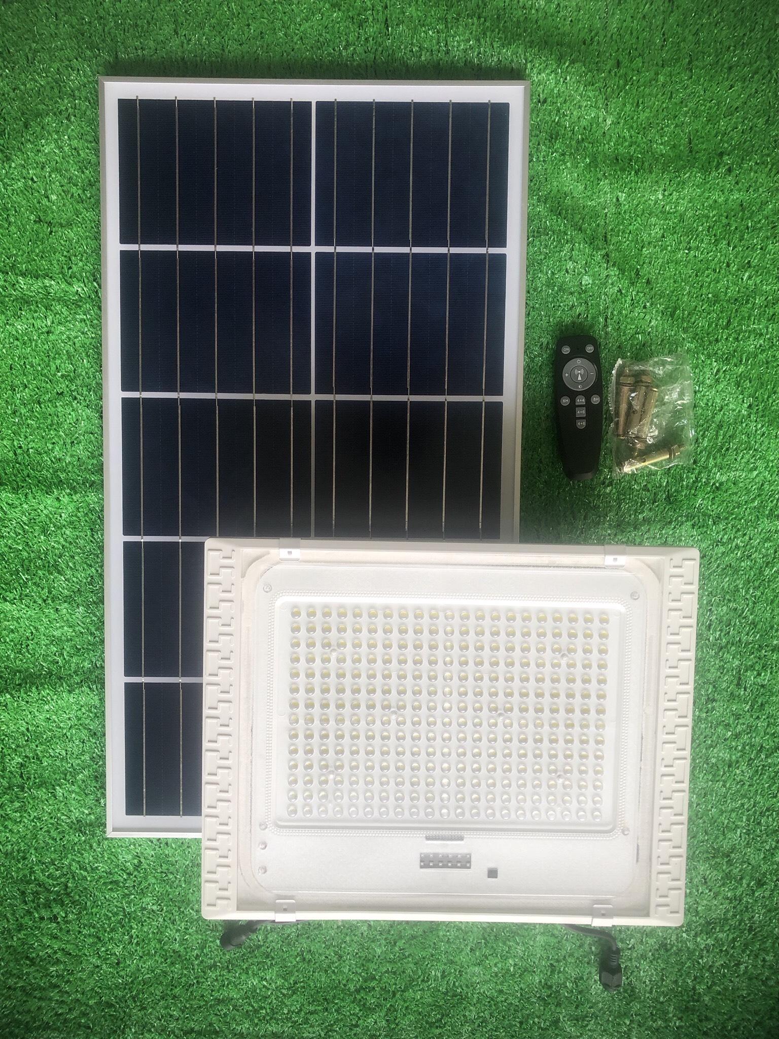 ĐÈN 300W CHỐNG CHÓI NĂNG LƯỢNG MẶT TRỜI - CÓ CẢM BIẾN - Solar Light 300W