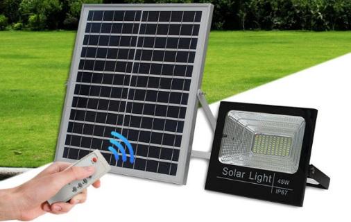 Đèn năng lượng mặt trời Nha Trang