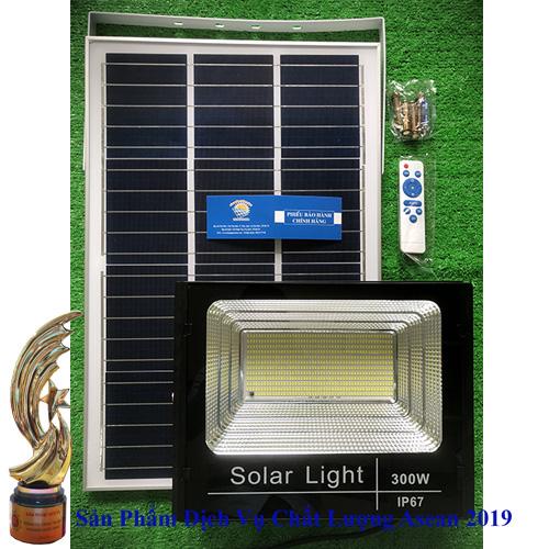 Đèn TS-8300 300W - Đèn Năng Lượng Mặt Trời 300W TS-8300